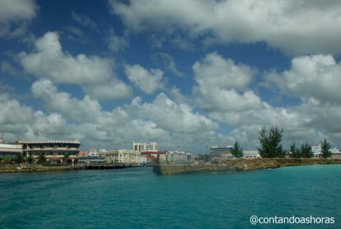 Deixando o Porto de Bridgetown
