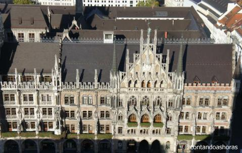 Detelhes da fachada da prefeitura